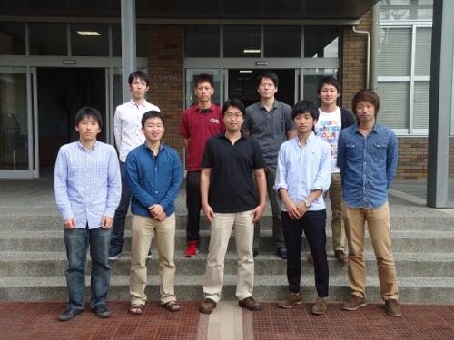 http://coast.dce.kobe-u.ac.jp/public/picture/old_pic/lab2.JPG